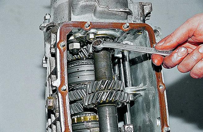 М полотна ппэ (пенополиэтилен, или то что кидают под ламинат) толщиной 5 мм по цене 7 ремонт двигателя на ваз